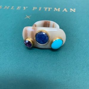 stunning Ashley Pittman jemstone ring